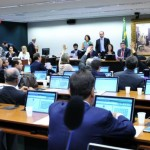 União não pode delegar atribuições a Municípios sem fonte de custeio, determina PEC aprovada na CCJ