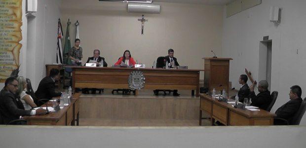 A sessão iniciou pela leitura do convite da Prefeitura Municipal para as comemorações do dia da independência a realizar-se no dia 07 de setembro às 8h no Paço Municipal, leitura […]